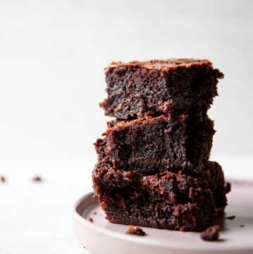 chewy caramel fudge brownies