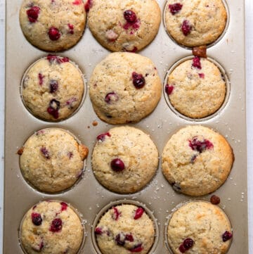 cranberry muffins with orange and poppyseeds