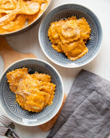 pumpkin ravioli with rosemary and cream sauce