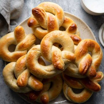 soft pretzels without baking soda on a plate