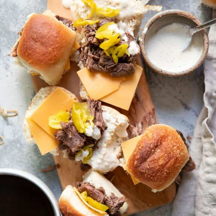 pot roast sliders with pepperoncinis and garlic aioli
