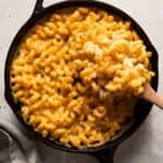 baked mac and cheese in a skillet