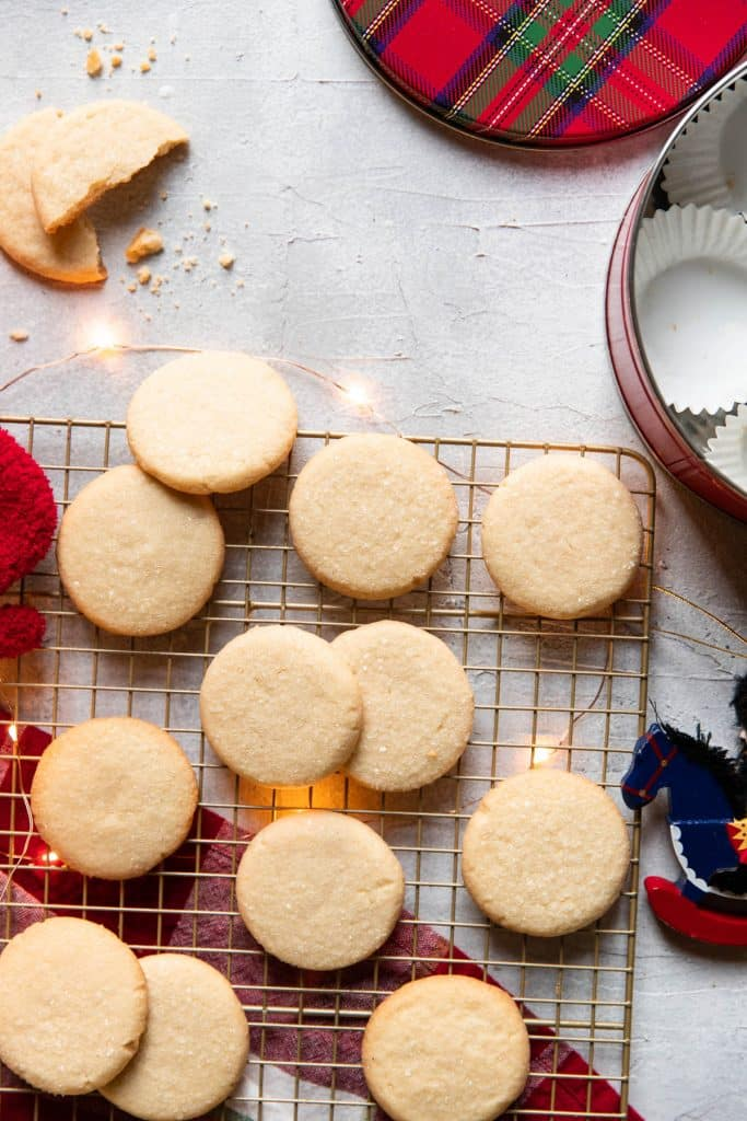 butter cookies tin can christmas cookies