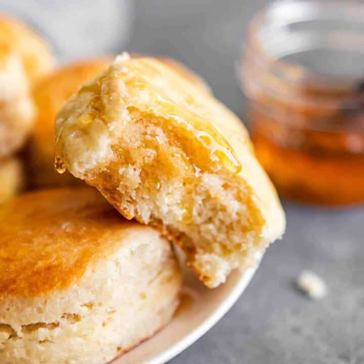 biscuit with honey