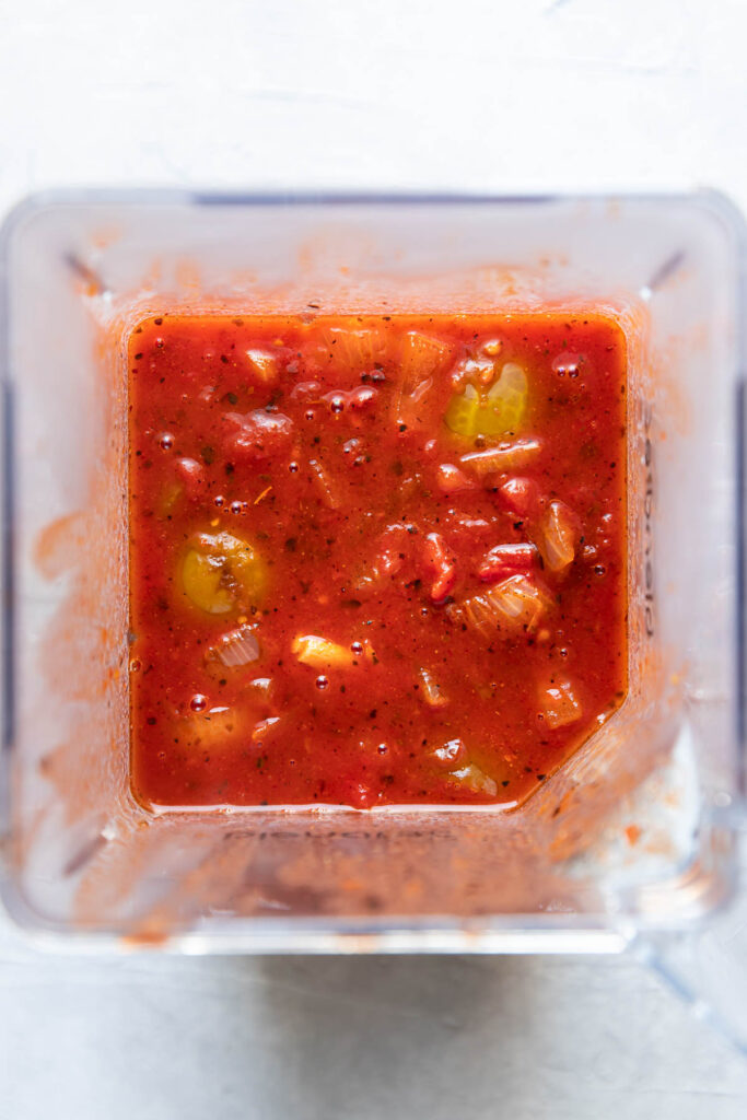 Tinga sauce in a blender, before blending.