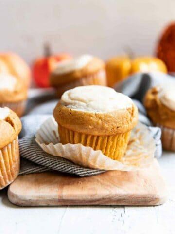 cropped-pumpkin-cream-cheese-muffins-08.jpg
